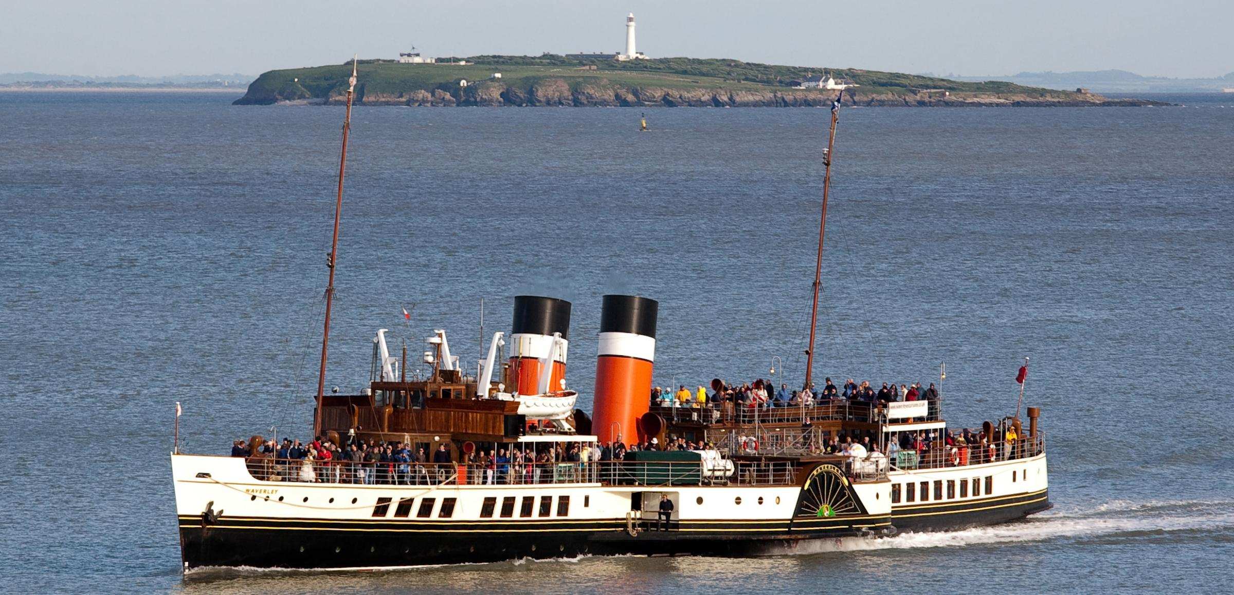 Appeal to save last ocean-going paddle steamer The Waverley making a splash