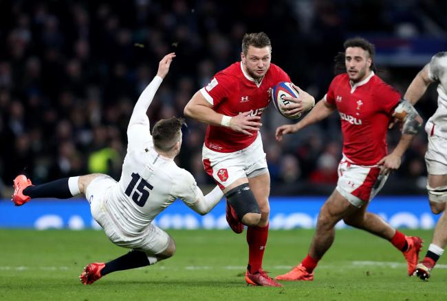 Wales' Dan Biggar (centre) in action during the Guinness Six Nations match at Twickenham Stadium, London. PA Photo. Picture date: Saturday March 7, 2020. See PA story RUGBYU England. Photo credit should read: David Davies/PA Wire. RESTRICTIONS: Editor