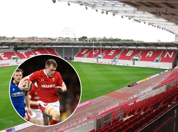 WEST: Wales, and Dragons centre Nick Tompkins, will play in Llanelli this autumn