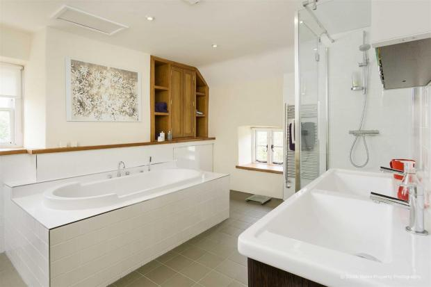 Penarth Times: One of the three bathrooms. Picture: Zoopla/Brinsons & Birt