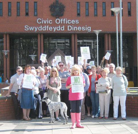 PROTEST: Around 50 people, led by concerned resident Sue Thomas, demonstrated against the Vale Council's Local Development Plan, which includes an allocation of 450 houses at Lavernock.
