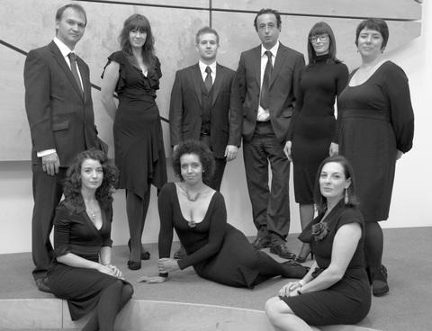 VOCAL ENSEMBLE: The Cambrian Consort.