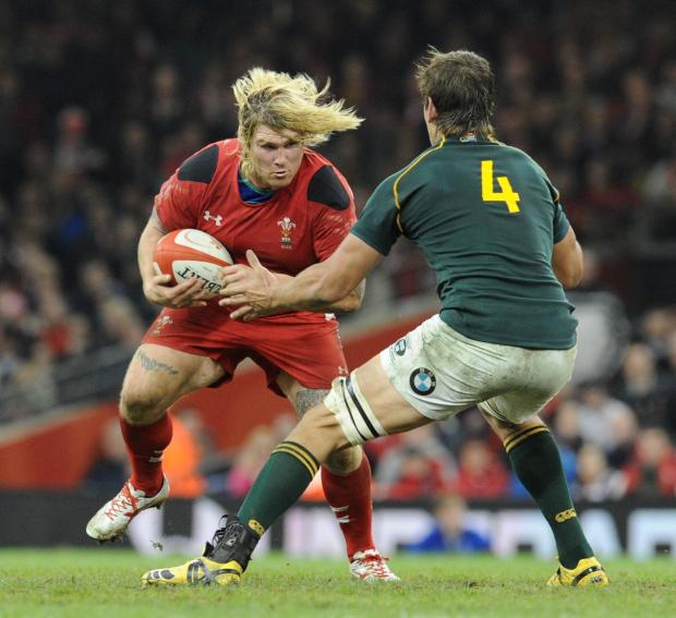 Penarth Times: INFLUENTIAL: Wales will need hooker Richard Hibbard's barnstorming runs and big hits against England tomorrow