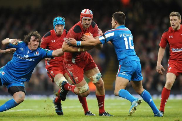 Wales team for France clash: Charteris in for Coombs, Phillips dropped to bench
