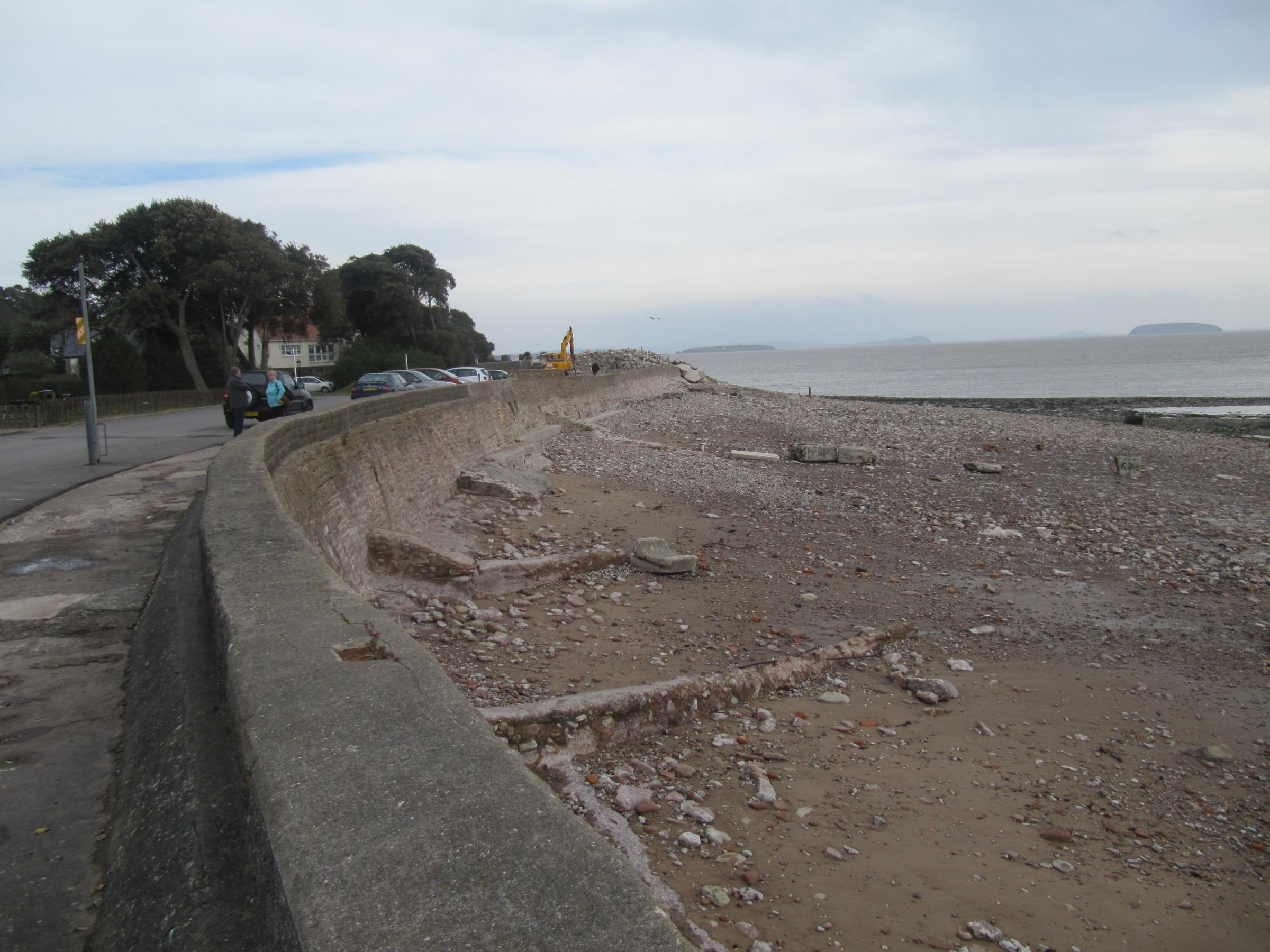 Swanbridge Beach clear-up on track for summer 2015