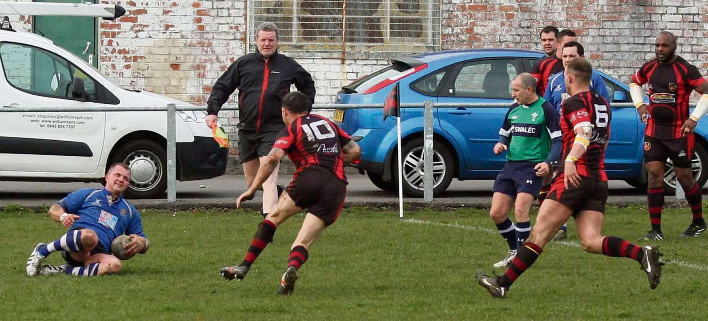Late Page try puts Penarth in second spot