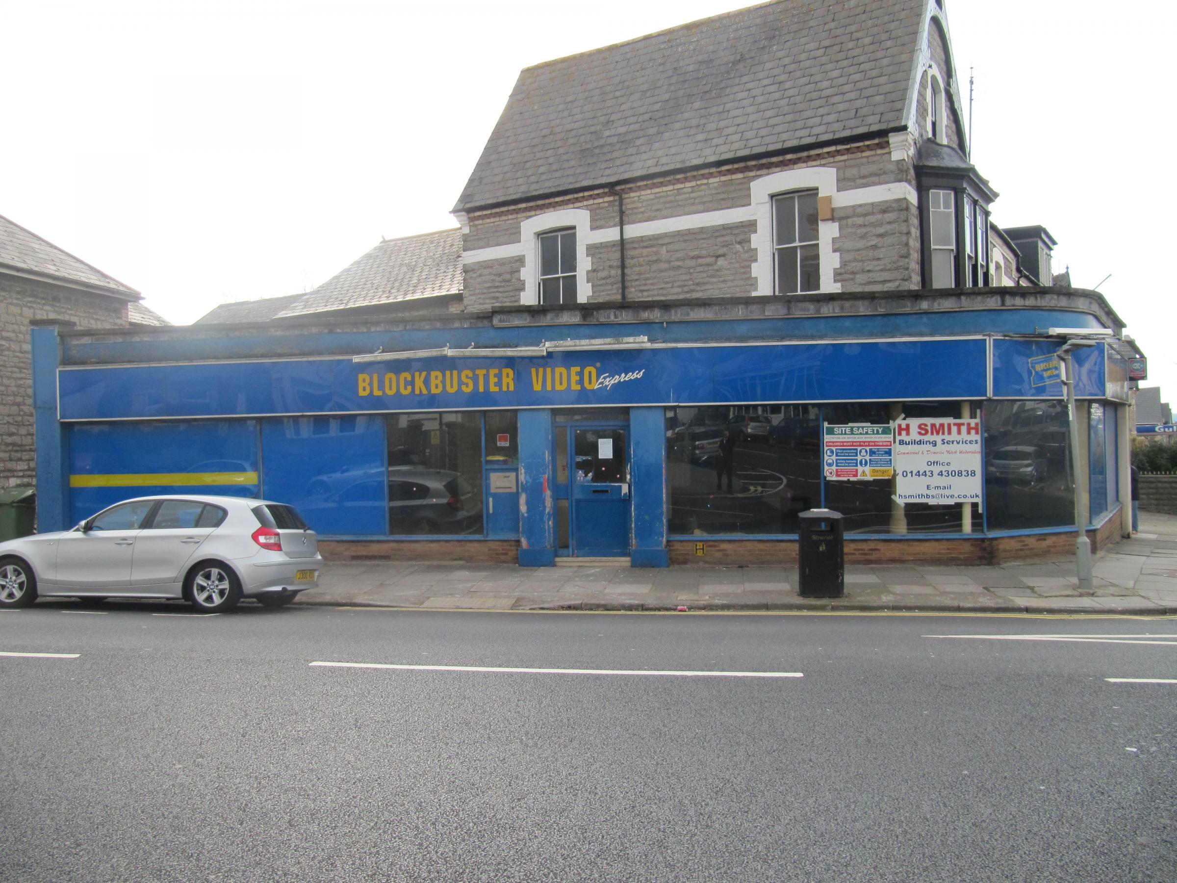 Residents' anger as pizza takeaway moves to Penarth