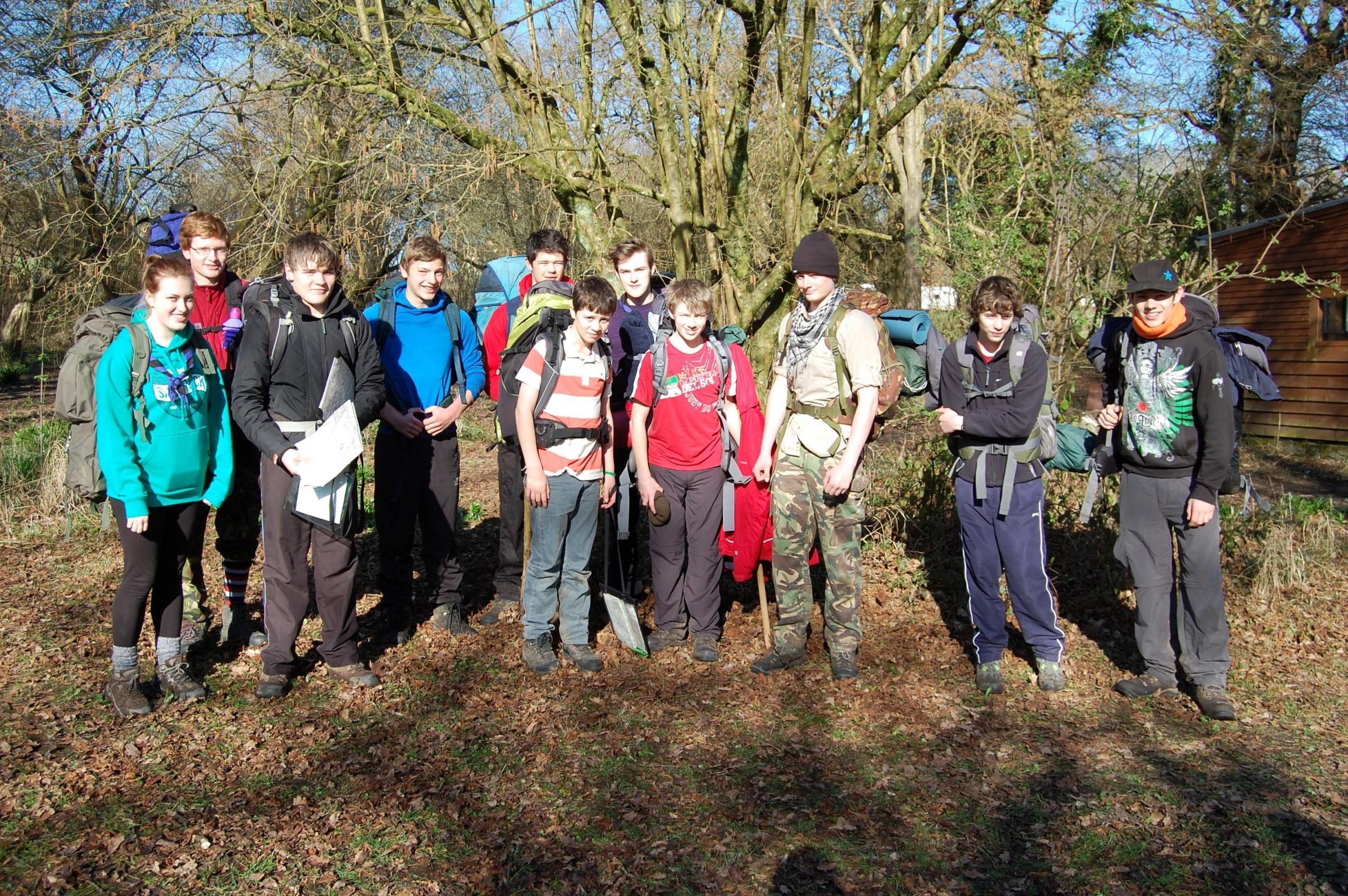 VENTURE: Explorer Scouts camping out (5433031)