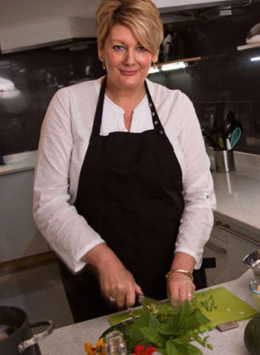 Top chef Angela Gray will judge the cakes