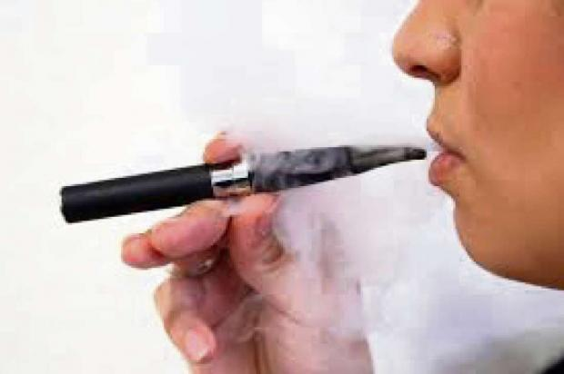 A new study suggests the banning of e-cigarettes is not necessary