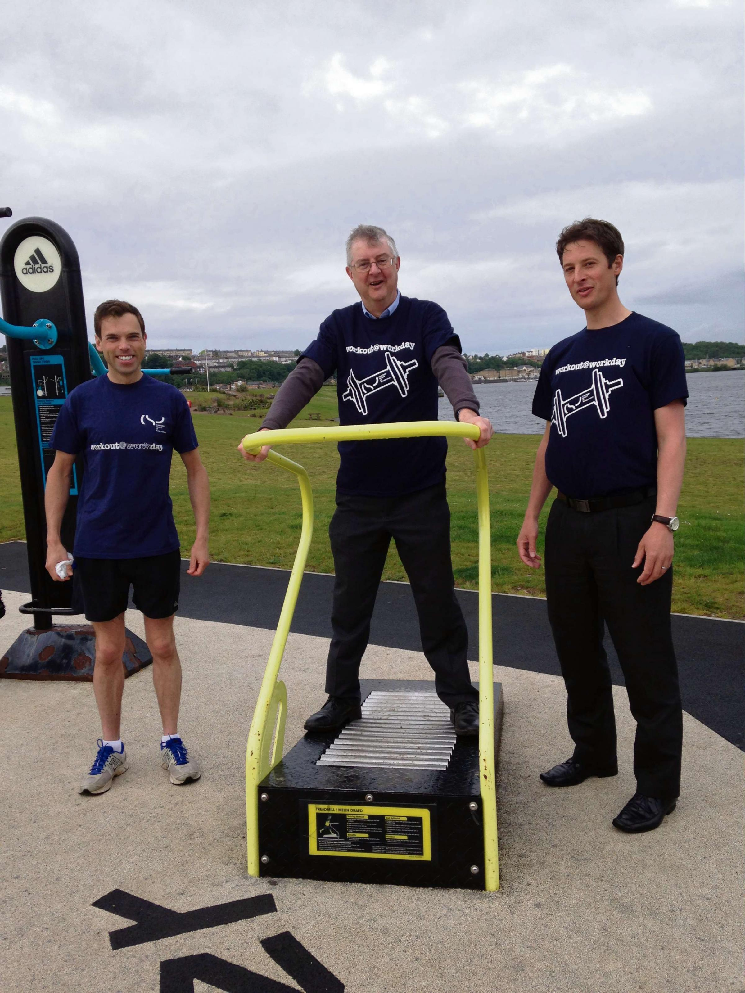 Sully Physiotherapist encourages Minister's to workout before work