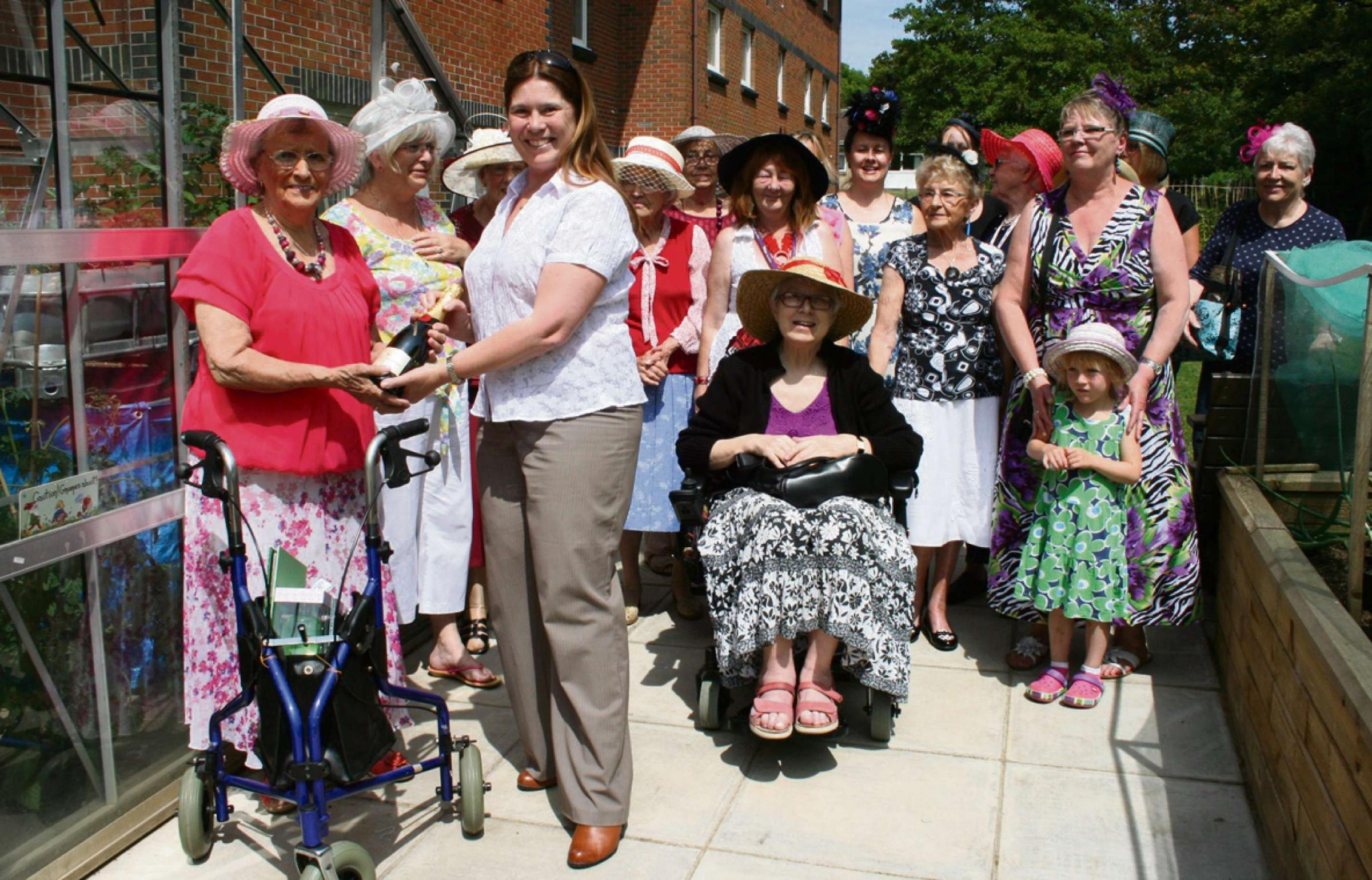 Penarth residents celebrate opening of community garden at Oak Court