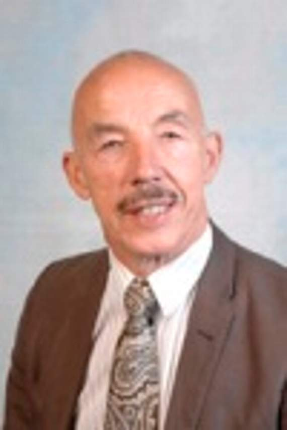Rhoose councillor Phillip Clarke died after bike crash with van yesterday morning - 4907963