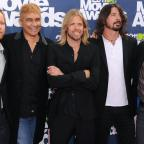 Penarth Times: The heat is on for Foo Fighters at Glastonbury, says drummer Taylor Hawkins