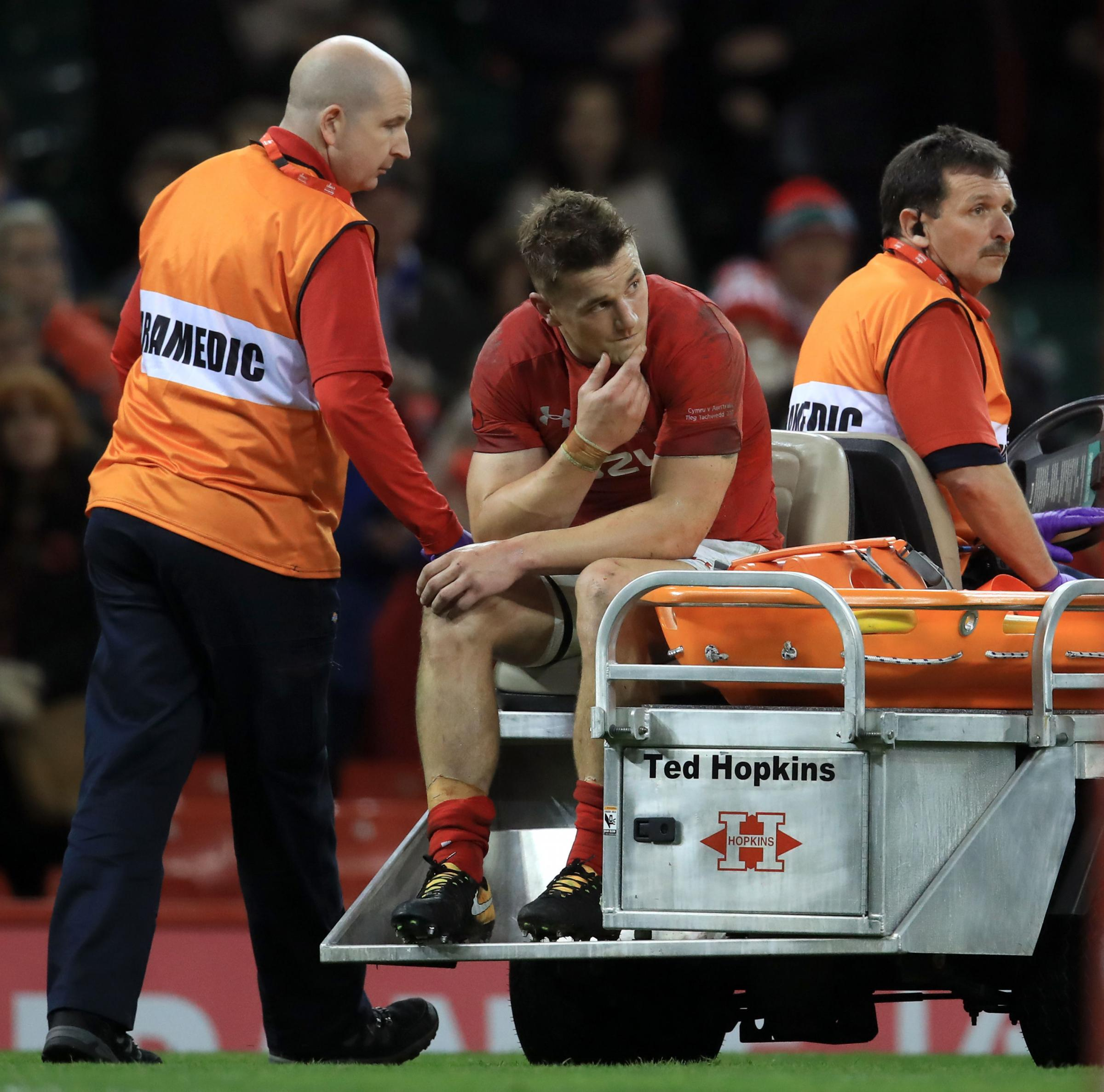 Scarlets and Wales ace Davies ruled out for six months