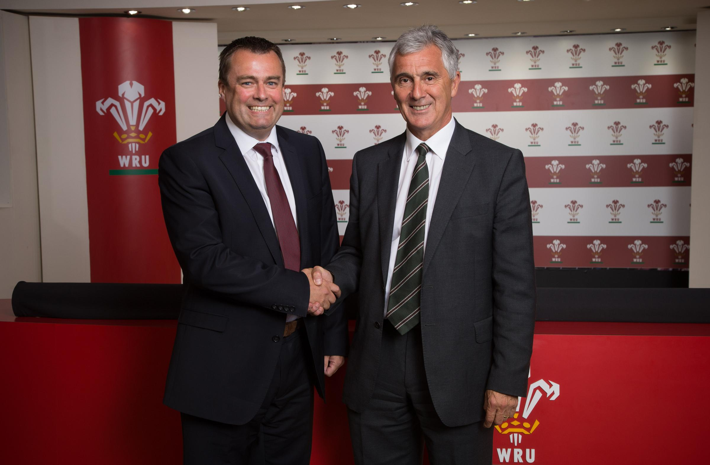 AGREEMENT CLOSE: WRU chief executive Martyn Phillips, pictured on the left with chairman Gareth Davies when appointed in 2015, says a new deal with the regions is close