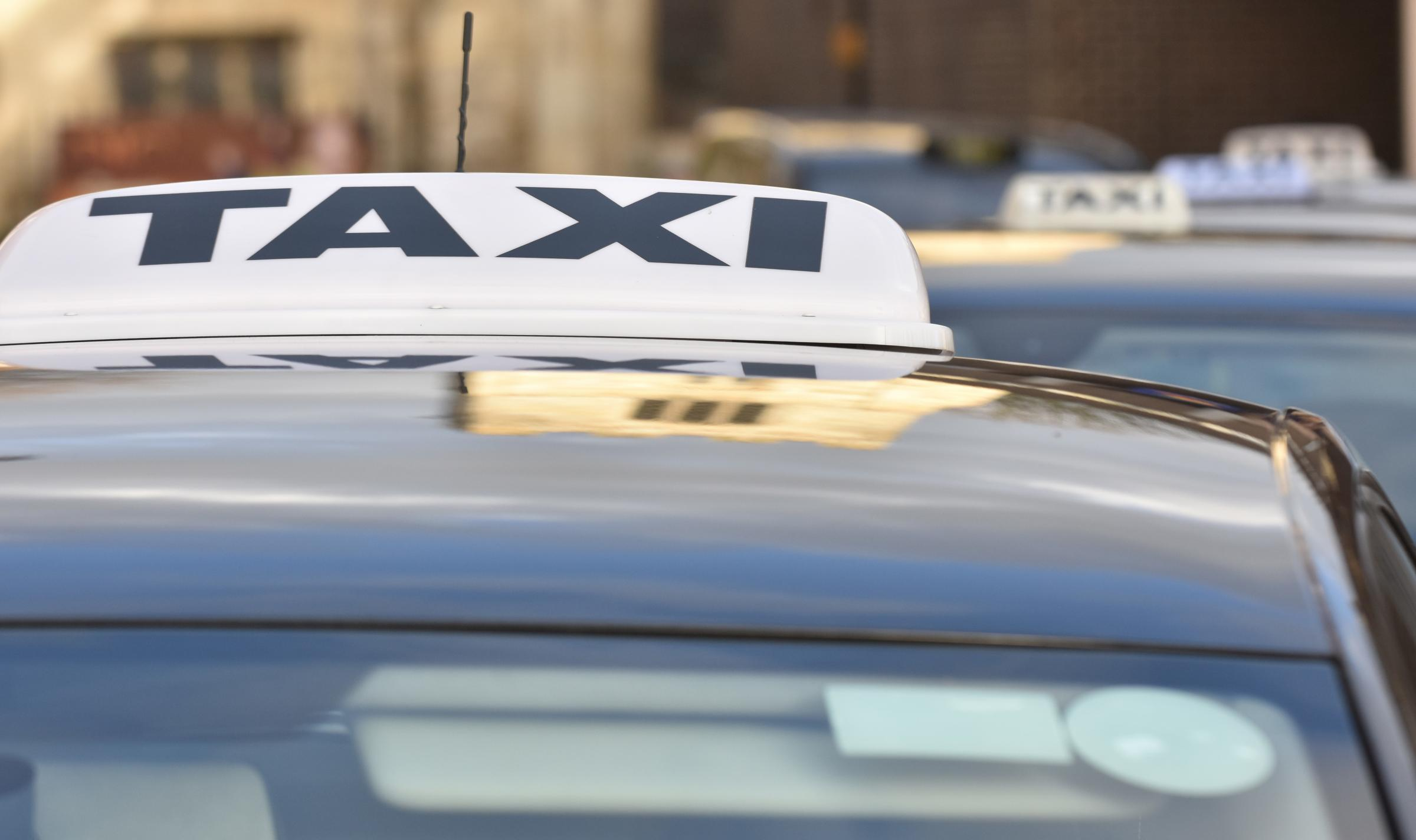 Vale council to clamp down on taxi licences