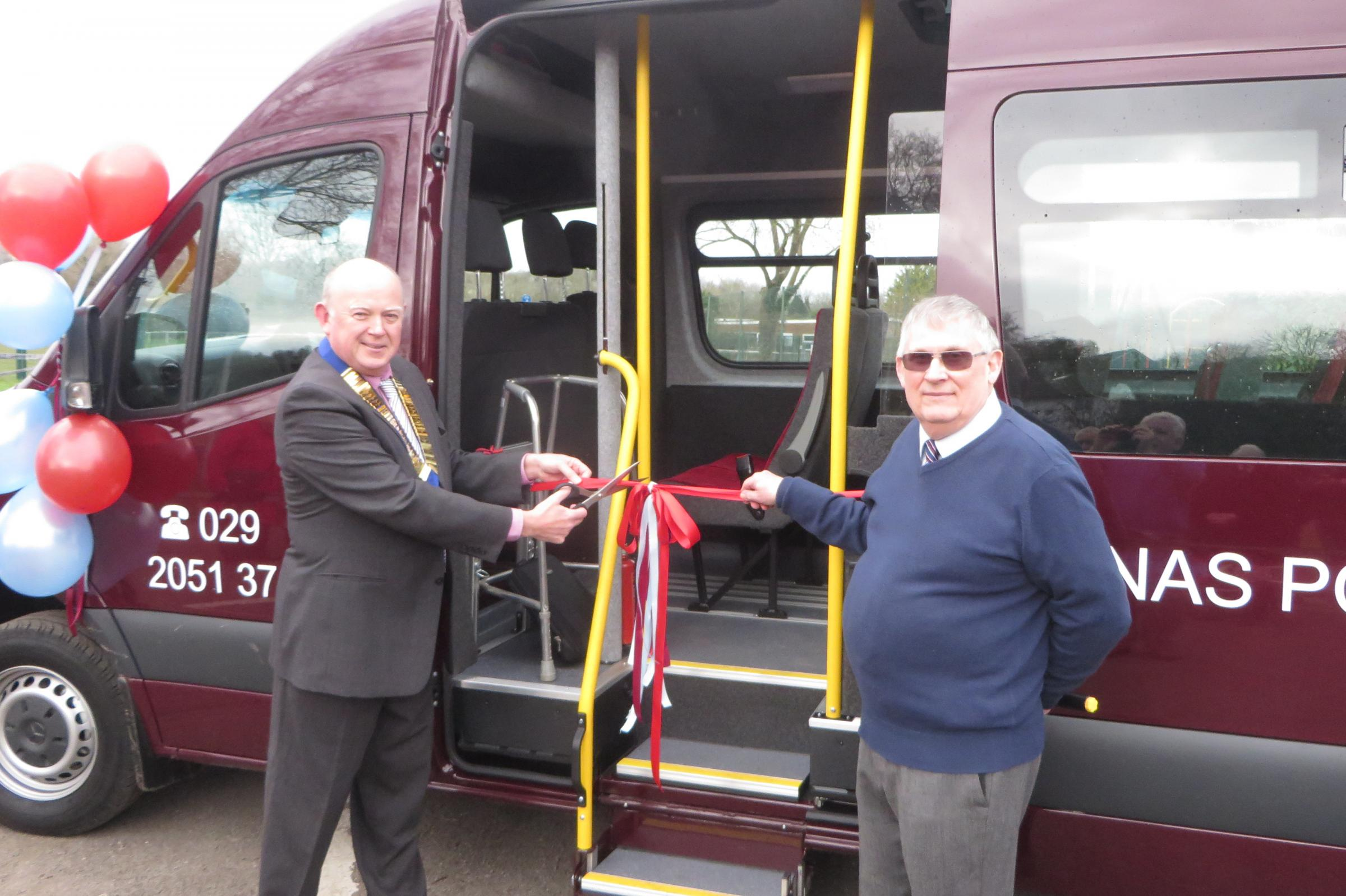 Councillor Steve Thomas Chair of Dinas Powys Community Council and John Fanshaw cutting the official ribbon