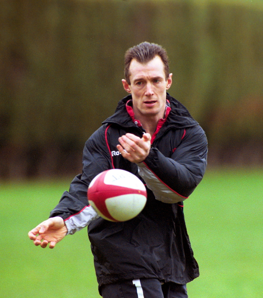 Rob Howley in his playing days